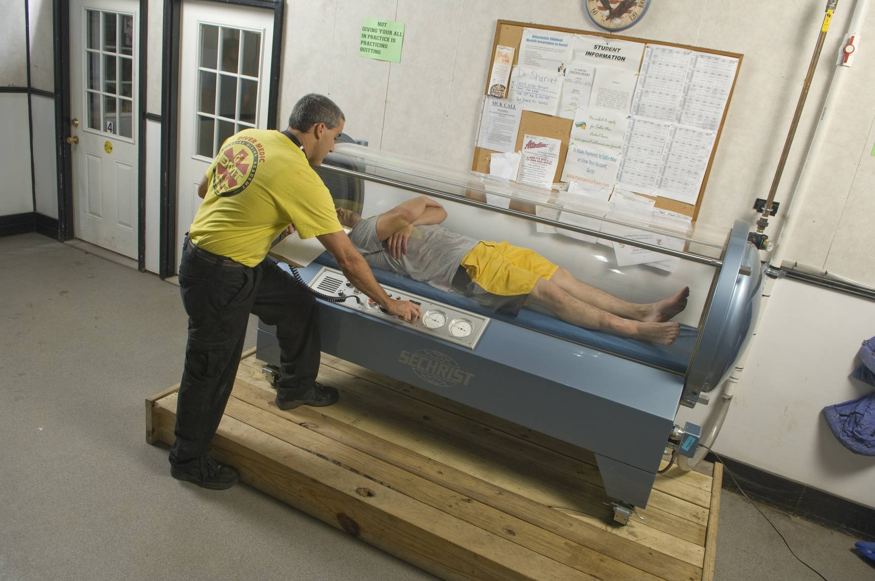 Hyperbaric Chamber training at CDA Technical Institute