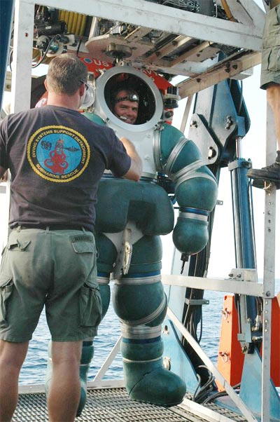 Chief Navy Diver (DSW/SS) Daniel P. Jackson of Navy Reserve Deep Submergence Unit (DSU)